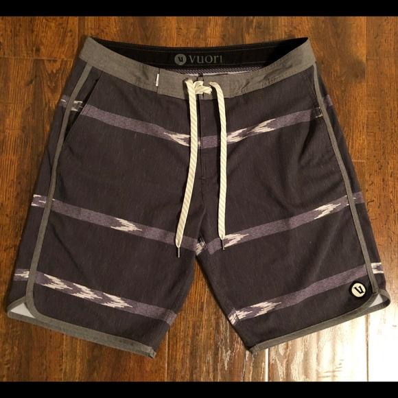 bd5997b3e6 Vuori Boardshorts - Multi Colored - Men's Size 30.  M_5bf5cc50fe51519bdec25f92